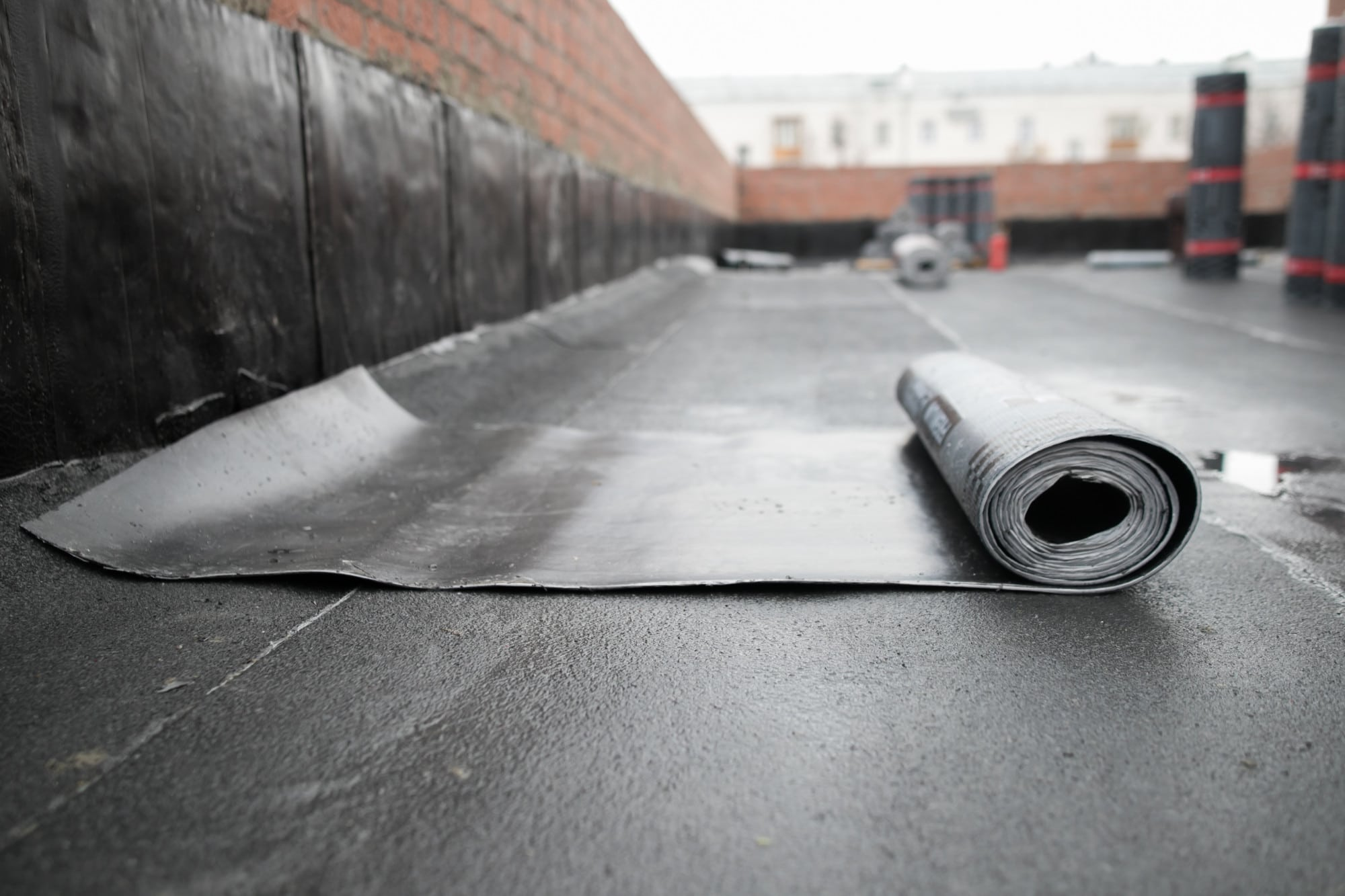 The Pros and Cons of EPDM Rubber Roofing: A Guide for ...